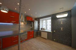 Стеклянная мозаика в зоне обеденного стола. Идеи для ремонта квартиры.